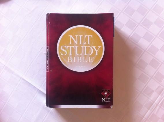 10 Reasons to Use the New Living Translation (NLT) Study Bible