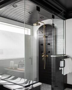 bathroom showrooms Denver