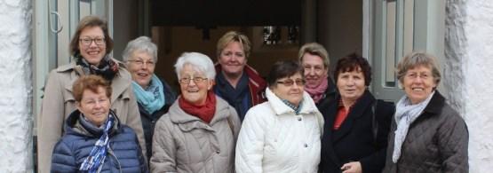 """Das Team der """"Offenen Kirche"""" (von links): Pfarrerin Birgit Schneider, Karin Wittenberg, Bärbel Ellermann, Elfriede Pötker, Claudia Zinta, Brigitte Heckel, Hildegard Scholz, Frieda Buchmüller und Helga Roscher."""