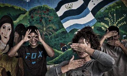LE MONDE – Au Guatemala, des ONG tentent de venir en aide aux migrants mineurs, victimes des gangs et de la pauvreté