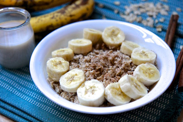 Banana Bread Proats in the Microwave - Vegan and Gluten-Free! Proats are protein oats that keep you full longer and help build lean muscle. Recipe by Christy Brissette, media registered dietitian nutritionist, President of 80 Twenty Nutrition