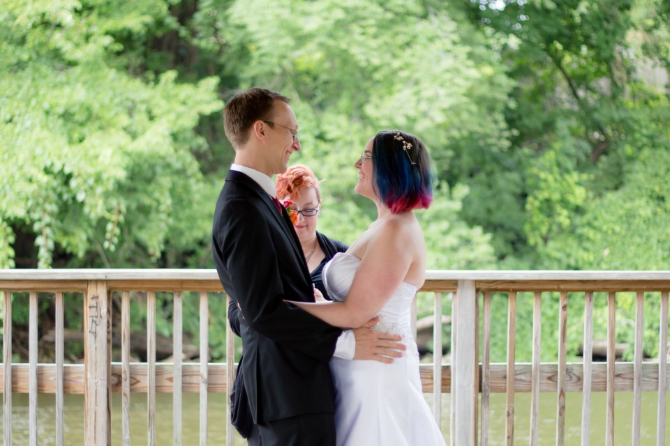 laura-and-aaron-wedding-2016-16