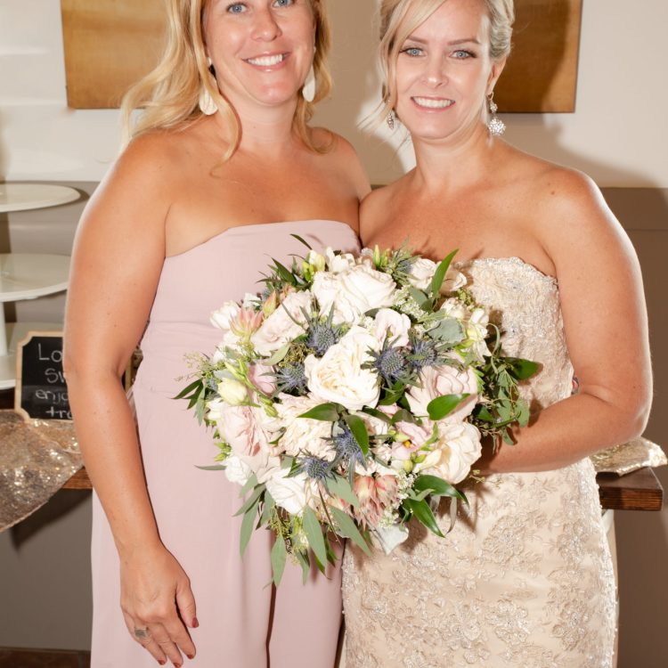 Calgary wedding photographer, yyc weddings, Mckenzie lake golf course, weddings