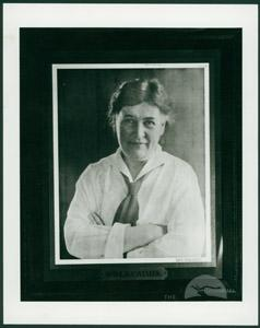 Willa Cather 1927 Vanity Fair Portrait (WildmooBooks.com)