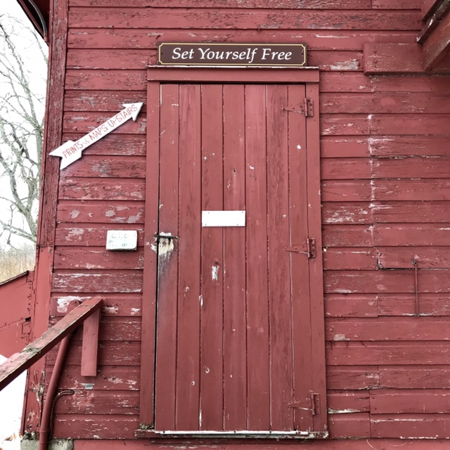 Set Yourself Free - Whitlock's Book Barn (WildmooBooks.com)