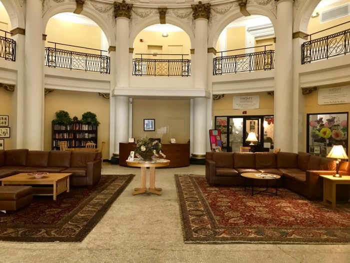 Hotel Taft Lobby #WillaOnWednesday (Wildmoobooks.com)