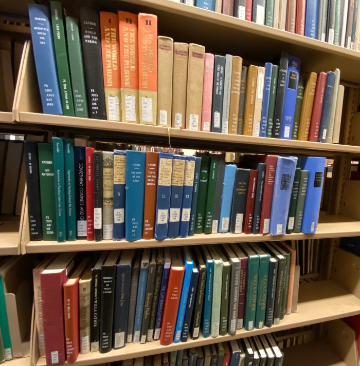 Cather on the shelf - NYU Elmer Holmes Bobst Library  (chriswolak.com)