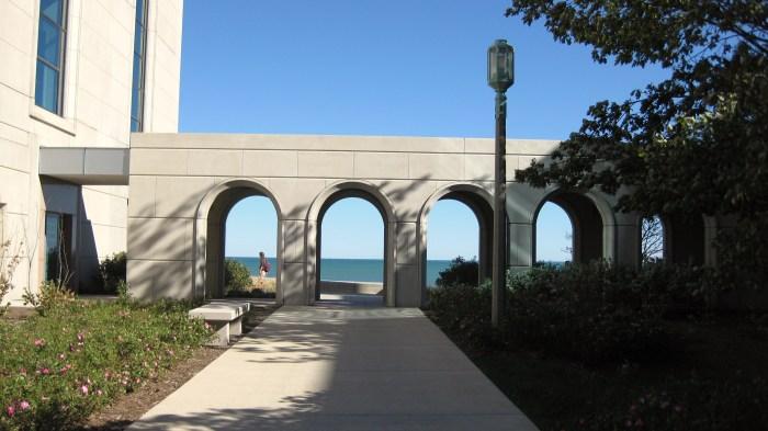 Arches Framing Lake Michigan Information Commons Loyola University Chicago