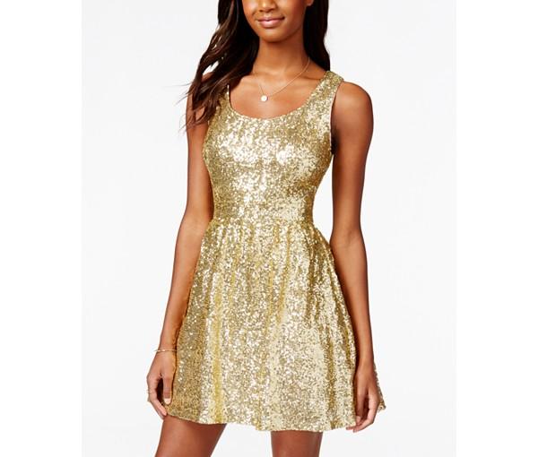 16 DRESSES 9