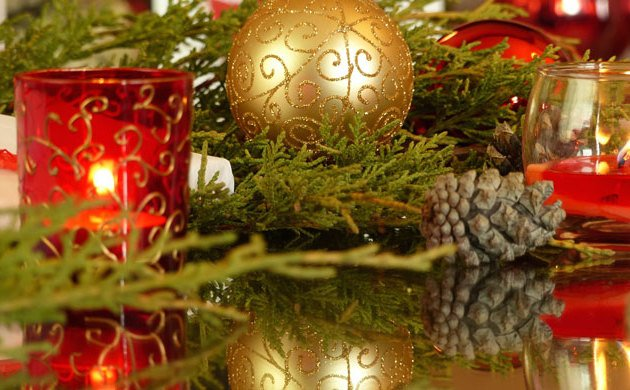 Chronic Illness Christmas Lite - the simple joys of color, candles and ornaments