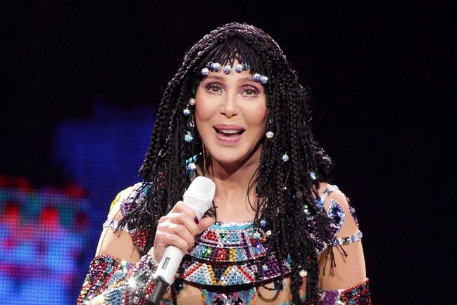 Cher will leave the United States now that Donald Trump has won