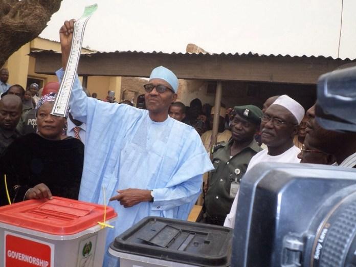 President Muhammadu Buhari votes in the 2015 presidential election in Daura, Katsina, northern Nigeria