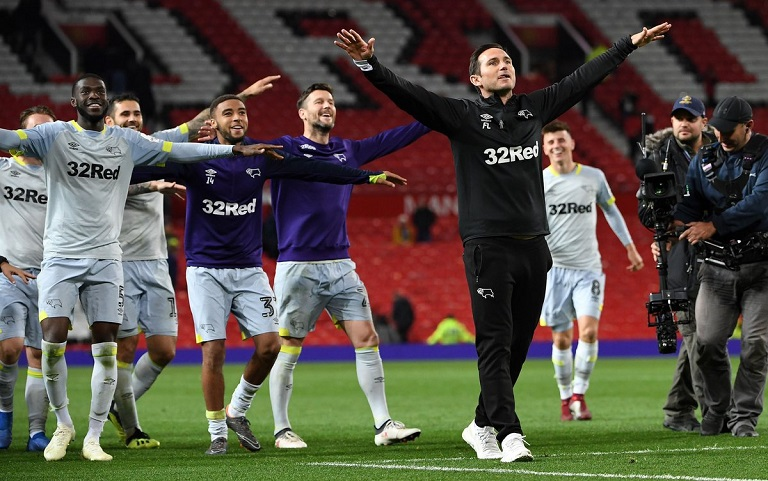 #CarabaoCup: Frank Lampard and Derby County beat Manchester United 8-7 on penalties