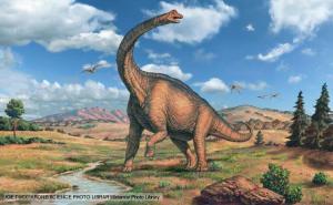 A mummified Argentinosaurus has been found under the melting Antarctic ice.