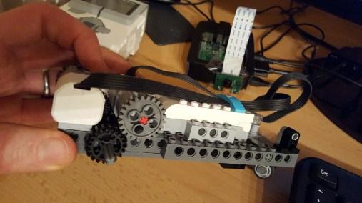 Gear arrangement (wheel removed)