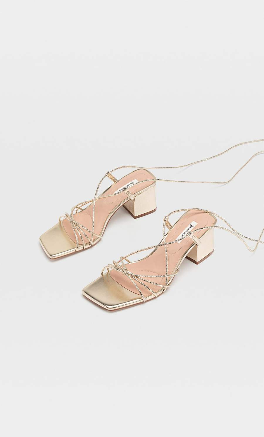 sandales à talons brides