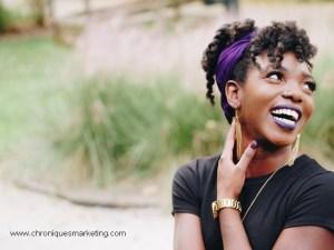 le sourire facile la conversation