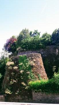 Château extérieur-rempard