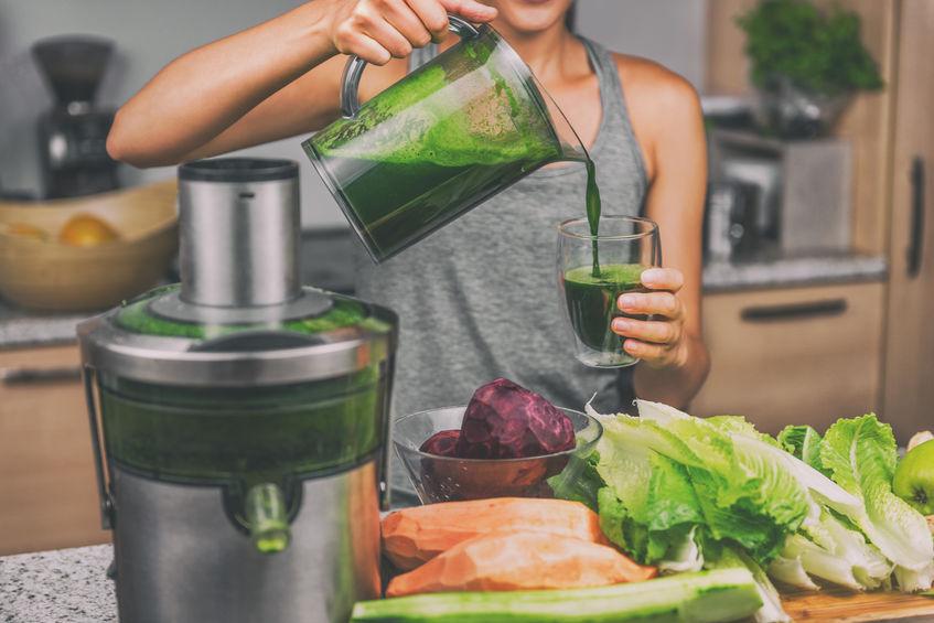 Variez les plaisirs et rééquilibrez votre alimentation avec des jus de légumes frais et sains