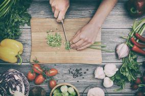 Réappropriez-vous votre cuisine et partagez ces moments en famille, afin de rééquilibrer votre alimentation et de transmettre des bases saines à vos enfants