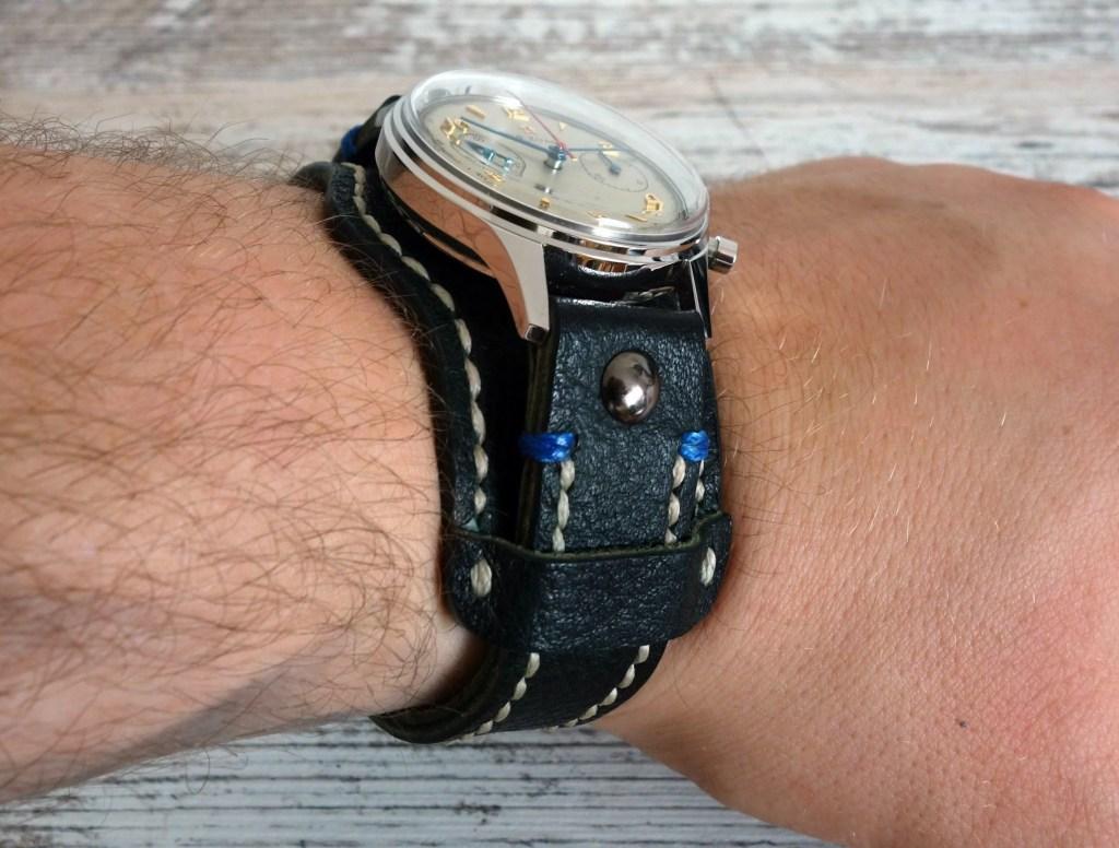 Unterlagenband Leder Unterlage schwarz Fliegeruhr Pilot Seagull 1963 Vintage Uhr vergrößern