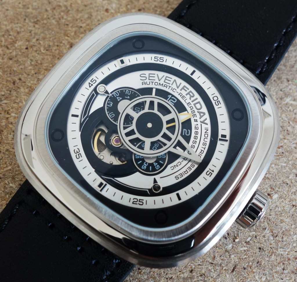 Sevenfriday P1B_01 00477 skelettiertes Ziffernblatt (2)