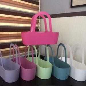 Handbag style pot