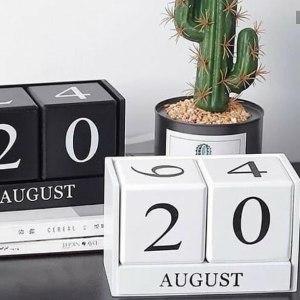 Wooden Perpetual Desk Calendar
