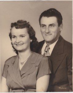 Theresa and Donald Edward Redfield