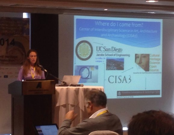 """Samantha Stout (UCSD) presenting at EuroMed 2014 """"Non-invasive-materials analysis using portable X-ray Fluorescence XRF in the Catacombs of San Giovanni, Syracuse""""."""