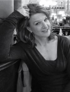 Clare Harvey author