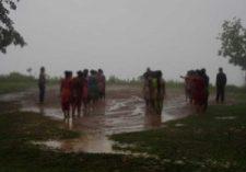 কর্দমাক্ত স্কুল মাঠে প্রশিক্ষণের একটি দৃশ্যে প্রশিক্ষক ও # প্রশিক্ষণাথীদের দল ১২ জুন ২০১৬, মৌনপাড়া প্রাইমারি স্কুল প্রাঙ্গন, ঘাঘড়া
