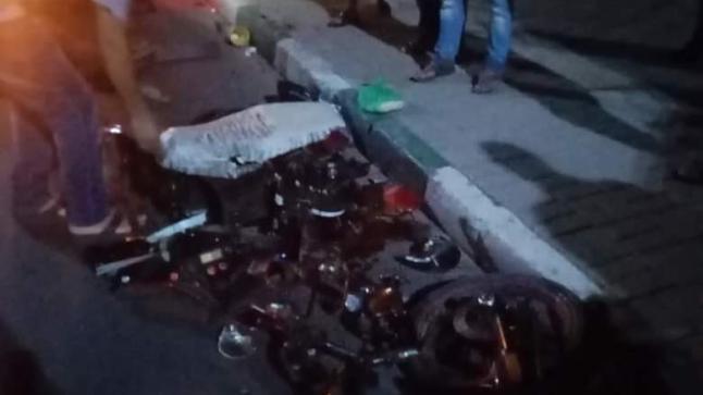 الدشيرة.. بالصور: مصرع فتاة و جرح شخص اخر في حادثة سير خطيرة