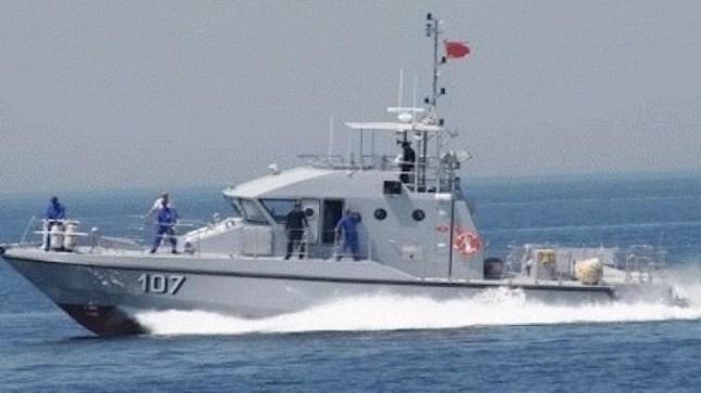 بعد مقتل حياة.. البحرية الملكية تطلق النار على قارب للهجرة السرية وتصيب شاباً بجروح!