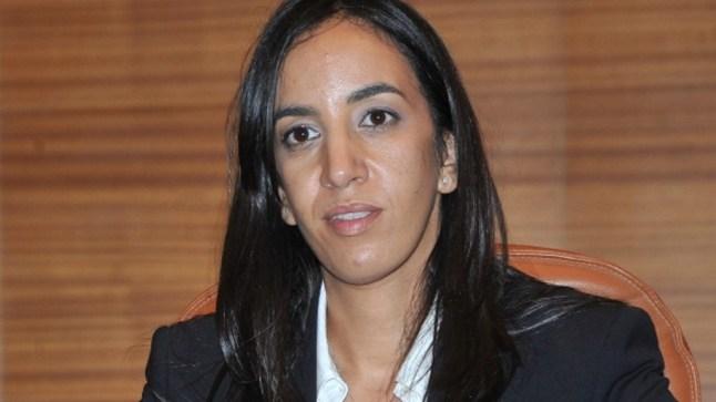 امباركة بوعيدا تقترح نفسها رئيسة بديلة عن ابن عمها في كلميم