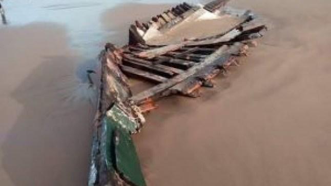 سواحل مدينة طانطان تلفظ جثتين لبحارين قضيا نحبهما جراء غرق مركبهما المعد للصيد التقليدي..