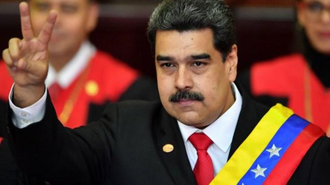 """مادورو ينتصر على محاولة """"الانقلاب"""" ضده وينتقد تبعية الأوربيين لترامب.."""