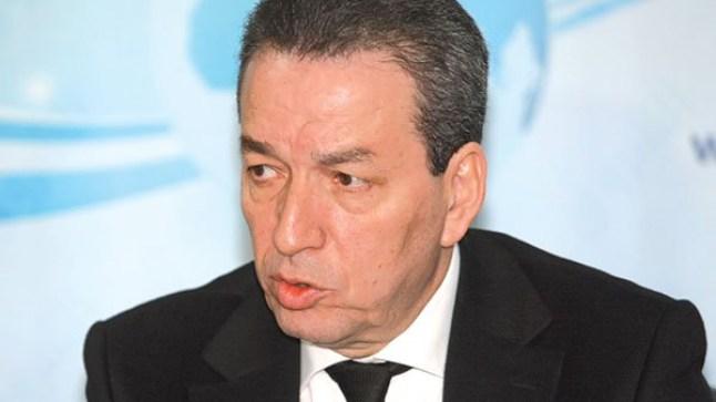 القضاء الجزائري يدين وزير التجارة الأسبق بقضايا فساد..