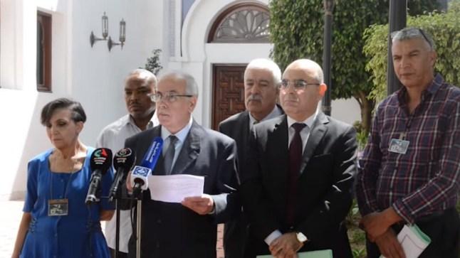 الرئيس الجزائري يوافق على 6 مطالب للحراك وأرجأ رحيل الحكومة