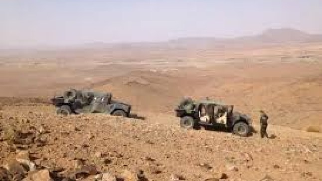 تبادل إطلاق النار بين قوات البوليساريو ومهربي المخدرات قرب الجدار العازل..