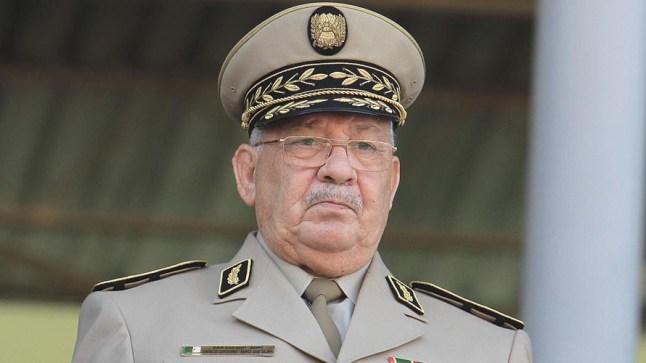 الجيش الجزائري: الانتخابات لارجعة فيها لاستكمال الثورة ضد الاستعمار