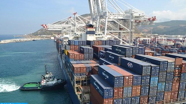 مجموعة ميناء طنجة المتوسط تساهم بـ300 مليون درهم في الصندوق الخاص بمواجهة كورونا