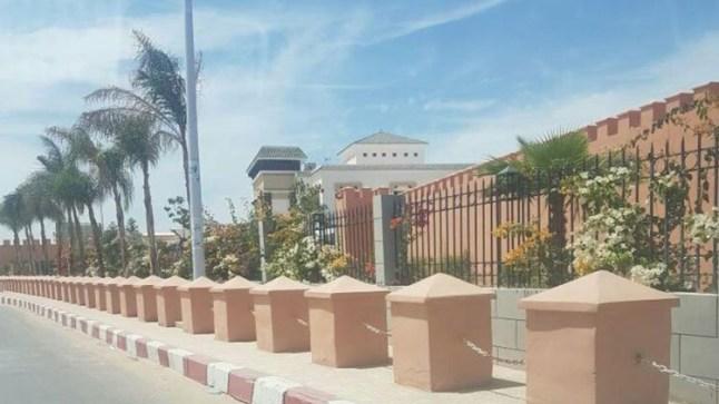سفارة المغرب بموريتانيا تتكفل بإيواء المغاربة العالقين بسبب تعليق الرحلات الجوية