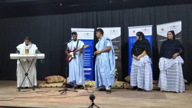 فنانو وموسيقيو العيون يرفعون برقية ولاء وإخلاص لجلالة الملك