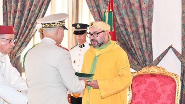 الملك محمد السادس يشيد بجهود القوات المسلحة في تأمين الكركرات و مواجهة كورونا