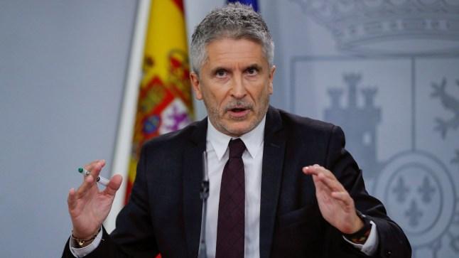 بعد تعليق محكمة إسبانية ترحيلهم… وزير الداخلية الإسباني يلجأ إلى القضاء مدافعا عن عودة القاصرين إلى المغرب