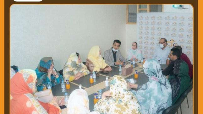 معطلا والشرقاوي يجتمعان بأعضاء المكتب الجهوي لمنظمة المرأة الدستورية بالعيون