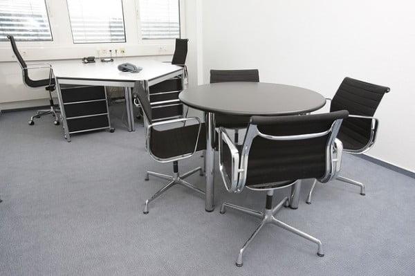 office-170638_640