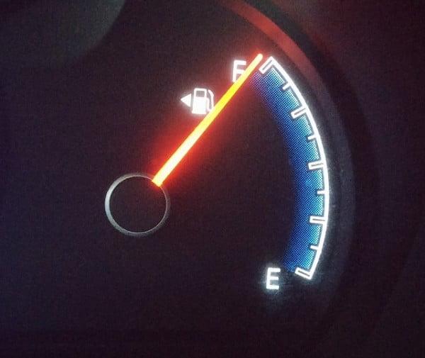 fuel-gauge-408333_640