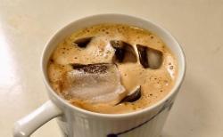 バリスタで濃いアイスコーヒー
